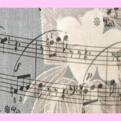 musique-et-pied-rose